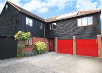 Thumbnail 6 bed detached house for sale in Crouch Beck, South Woodham Ferrers, Essex