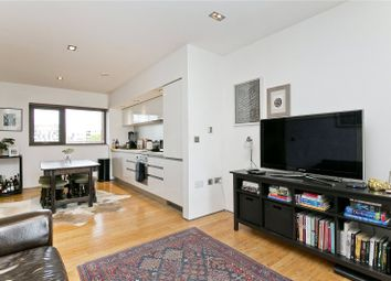 Thumbnail 1 bedroom flat to rent in Kingsland Road, London