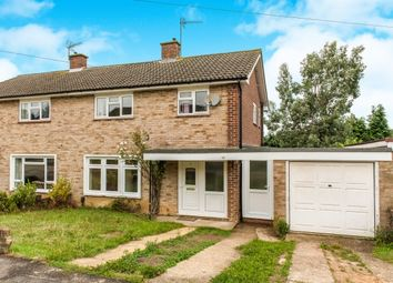 Thumbnail 6 bed property to rent in Blackwell Avenue, Guildford