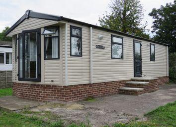 Thumbnail 2 bed mobile/park home for sale in Carlton Manor Park, Carlton-On-Trent, Newark