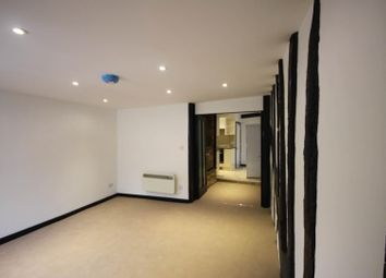 1 bed flat to rent in High Street, Ware SG12