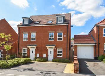 Thumbnail 3 bed town house for sale in Wokingham, Berkshire