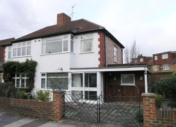 3 bed property for sale in Collingwood Close, Twickenham TW2