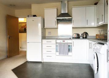 Thumbnail 1 bed flat to rent in Glenthorne Road, Shepherds Bush, London, Greater London