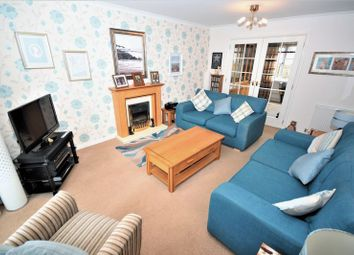 5 bed detached house for sale in Balgeddie Park, Balgeddie, Glenrothes KY6