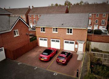 Thumbnail 2 bedroom flat to rent in Millfield, Neston