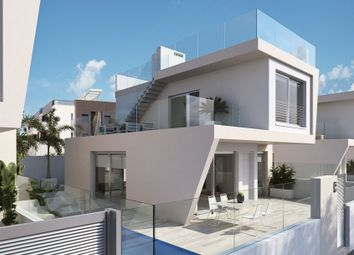 Thumbnail 3 bed villa for sale in 03191, Mil Palmeras, Spain