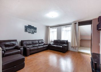 3 bed property to rent in Kemp Gardens, Croydon CR0