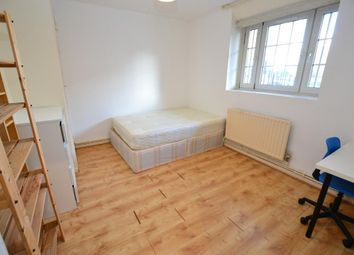 Room to rent in Henrique Street, London E1
