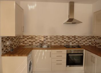 Thumbnail 1 bed flat to rent in 137 Hinckley Road, West End, Leicester