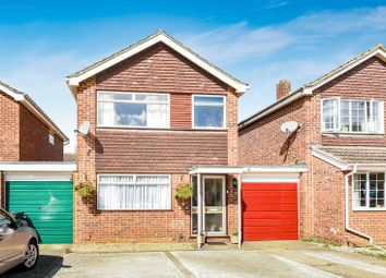 Thumbnail 3 bed detached house for sale in Isis Close, Abingdon