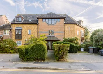 Thumbnail 1 bedroom flat for sale in Finsbury Park Avenue, London