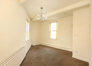 3 bed flat to rent in Abbeydale Road, Sheffield S7