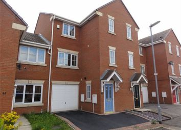 Thumbnail 4 bedroom town house to rent in Kiln Avenue, Mirfield