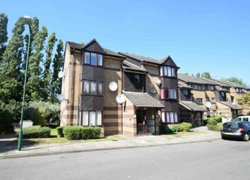Thumbnail Property for sale in Harp Island Close, London