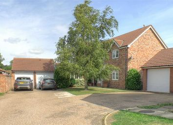 Thumbnail 4 bed property for sale in Chapel Court, Hibaldstow, Brigg