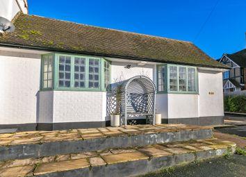 Watling Street, Little Brickhill, Milton Keynes MK17. 2 bed terraced bungalow for sale