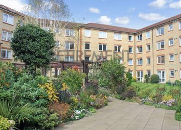 Thumbnail 1 bed flat for sale in Homecross House, Chiswick