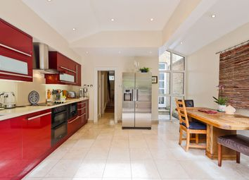 Thumbnail 3 bed terraced house to rent in North Street, Bromley