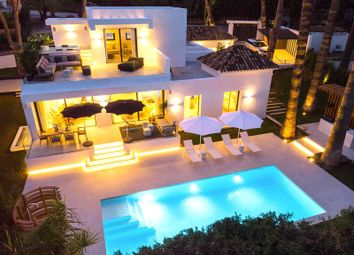 Thumbnail 5 bed villa for sale in Las Brisas, Nueva Andalucia, Marbella