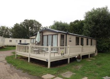 Thumbnail 2 bedroom mobile/park home for sale in Felixstowe Beach Caravan Park, Walton Road, Felixstowe