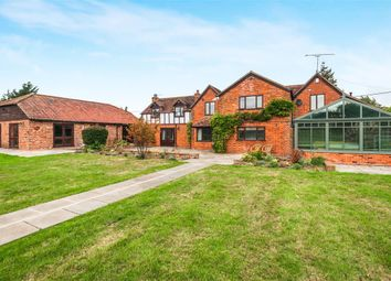 Thumbnail 5 bedroom country house to rent in Oakley Green Road, Oakley Green, Windsor