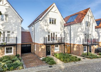 4 bed detached house to rent in Breething Road, Dunton Green, Sevenoaks, Kent TN14