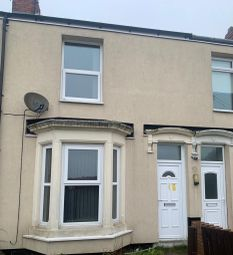 2 bed terraced house to rent in Cleveland View, Coundon, Bishop Auckland DL14