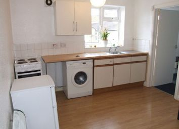 Thumbnail 1 bed flat to rent in Holbrook Avenue, Rugby