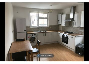 2 bed flat to rent in Crown Buildings, Chingford E4