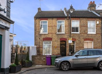 Thumbnail 3 bed flat to rent in Cold Harbour, London
