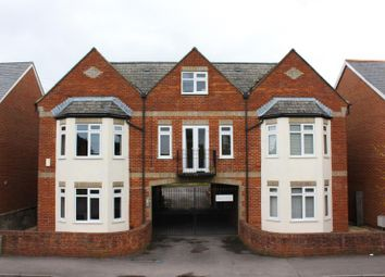 Thumbnail 1 bed flat to rent in Crescent Road, Cowley, Oxford