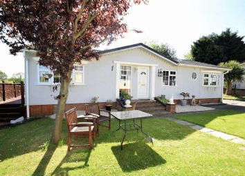 Thumbnail 3 bedroom mobile/park home for sale in Layters Green Mobile Home Park, Layters Green Lane, Chalfont St. Peter, Gerrards Cross