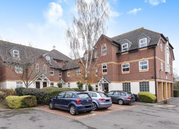Thumbnail 2 bed flat to rent in Farriers Mews, Abingdon