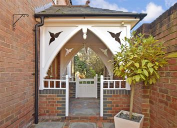 4 bed detached house for sale in Hambrook Hill South, Hambrook, Chichester, West Sussex PO18