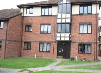 Thumbnail 2 bed flat to rent in Brinkley Place, Colchester, Essex