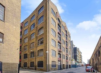 Thumbnail 1 bedroom flat for sale in Breezers Court, Wapping