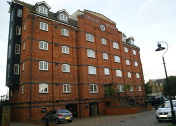 Thumbnail 2 bed flat to rent in Silver Wharf, Eastbourne