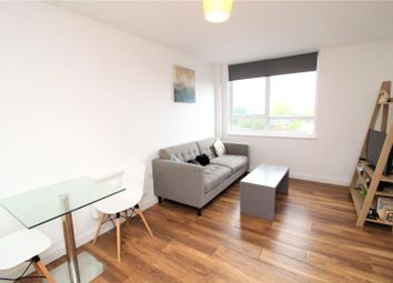 1 bed flat to rent in Grove House, 35 Skerton Road, Manchester, Greater Manchester M16