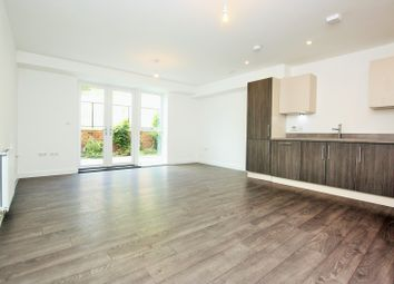 Thumbnail 2 bedroom flat to rent in Highfield Avenue, London