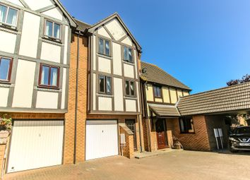 Thumbnail 3 bed town house for sale in Horseshoe Road, Spalding