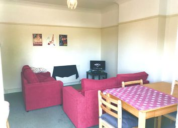 Thumbnail 4 bed maisonette to rent in Park Parade, Gunnersbury Avneue, Acton, London