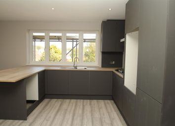 2 bed maisonette for sale in Fensomes Close, Hemel Hempstead HP2