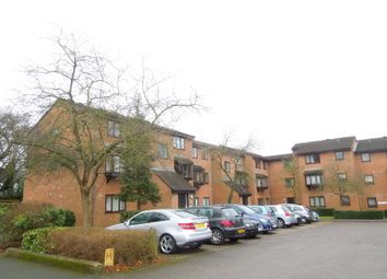 Thumbnail 2 bedroom flat to rent in King George's Avenue, Watford