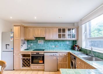 Thumbnail 3 bed flat to rent in Manningford Close, Clerkenwell