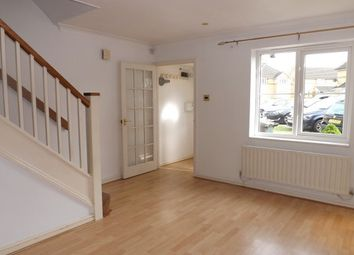Thumbnail 2 bedroom property to rent in Larkspur Gardens, Luton