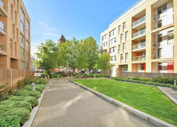 Thumbnail 3 bed flat to rent in Salton Square, London