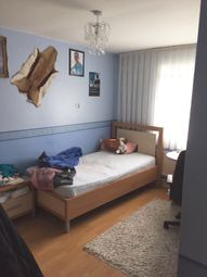 Thumbnail Room to rent in Vanbrugh House, Loddiges Road