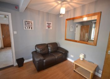 Thumbnail 3 bed property to rent in Mount Pleasant, Swansea