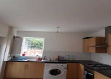 Thumbnail 4 bed terraced house to rent in Beaconsfield Road, Leicester